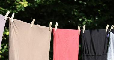 Come fare asciugare vestiti all'aperto