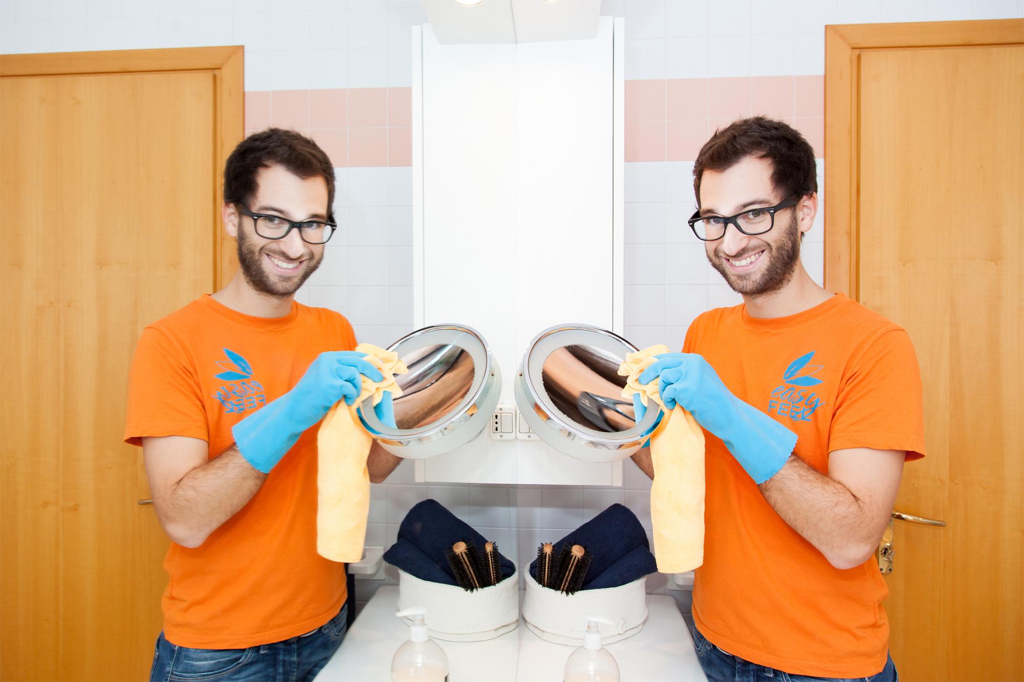 Pulire I Vetri Con Aceto pulire i vetri e gli specchi e avere la meglio sugli aloni