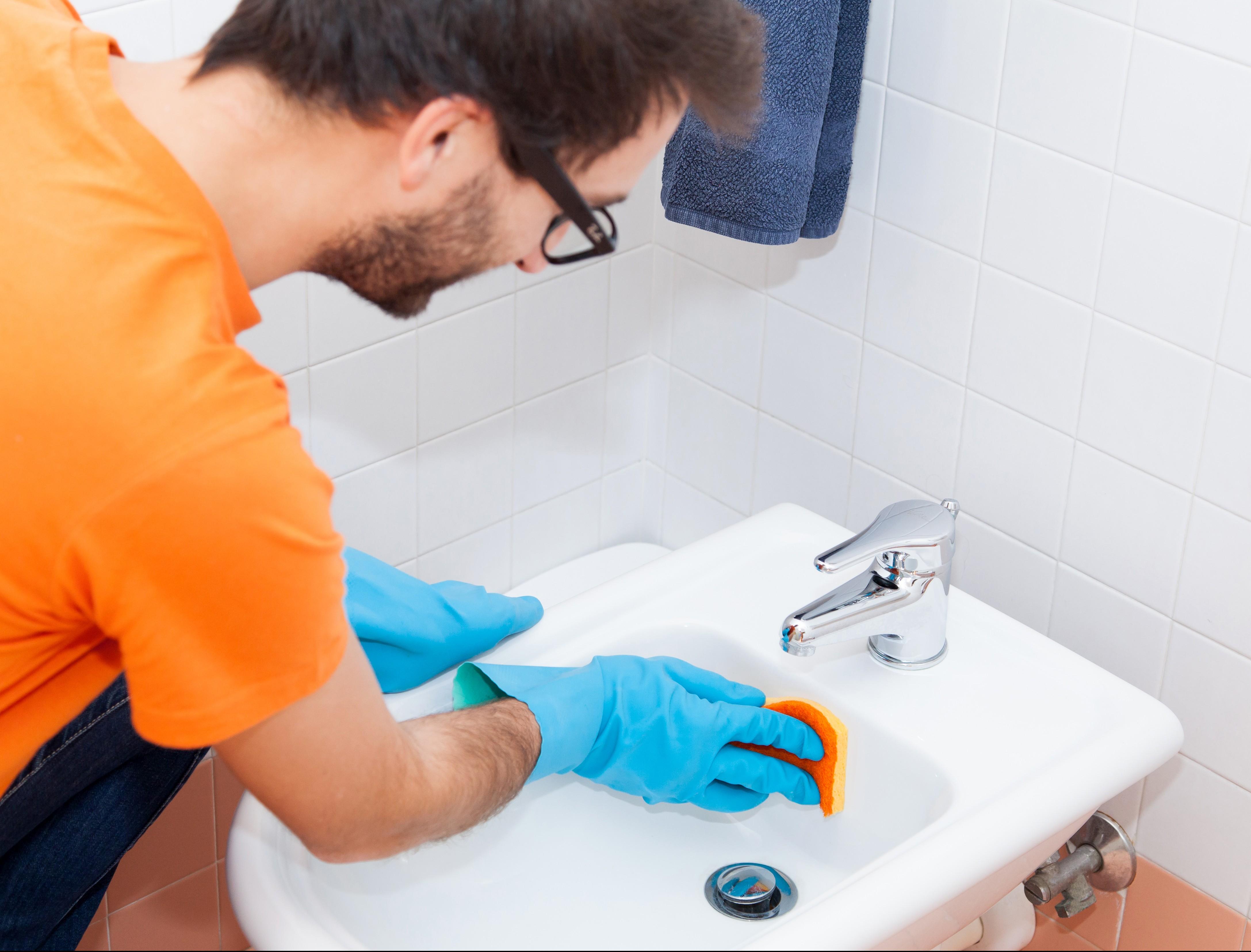 Come eliminare macchie gialle dai sanitari easy il